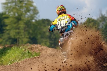 Ron Rickert roosting the photographer at Martin MX Park